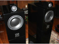 Morel Octave loudspeaker system in Gloss black with all boxes