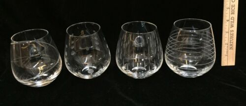 Set 4 CITY CHIC Etched Variety of Lines and Dots Glass Stemless Wine Glasses