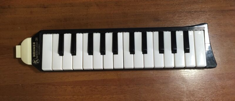 Hohner Melodica Piano 26 Made in Germany