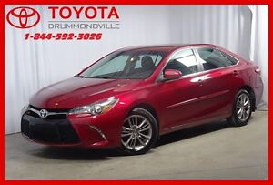 2016 Toyota Camry SE/ MAGS/ CUIR/