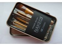 Lovely soft makeup brushes in a tin, great looking results. Individually wrapped. 12 pieces.