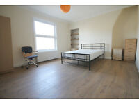 A 3 double bedroom splitlevel flat located on a highstreet between Camden & KentishTown