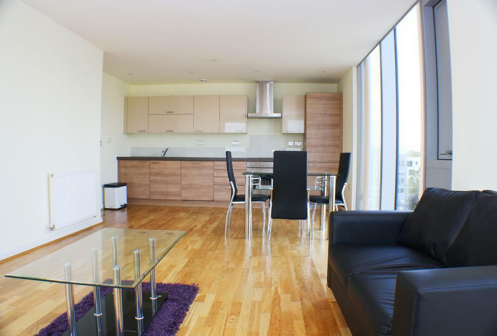 2 Bed Apartment With 24hr Concierge Service & Located Within Walking Distance To Cutty Sark DLR