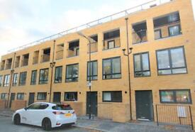 Available now brand new 3 bed room house furnished E17