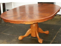 Good quality round dining table,