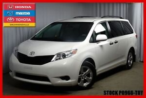 2014 Toyota Sienna 7 PLACES +  CLIENT MAISON + STOW N' GO