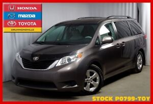 2013 Toyota Sienna LE 8 Passenger / CAM RECUL