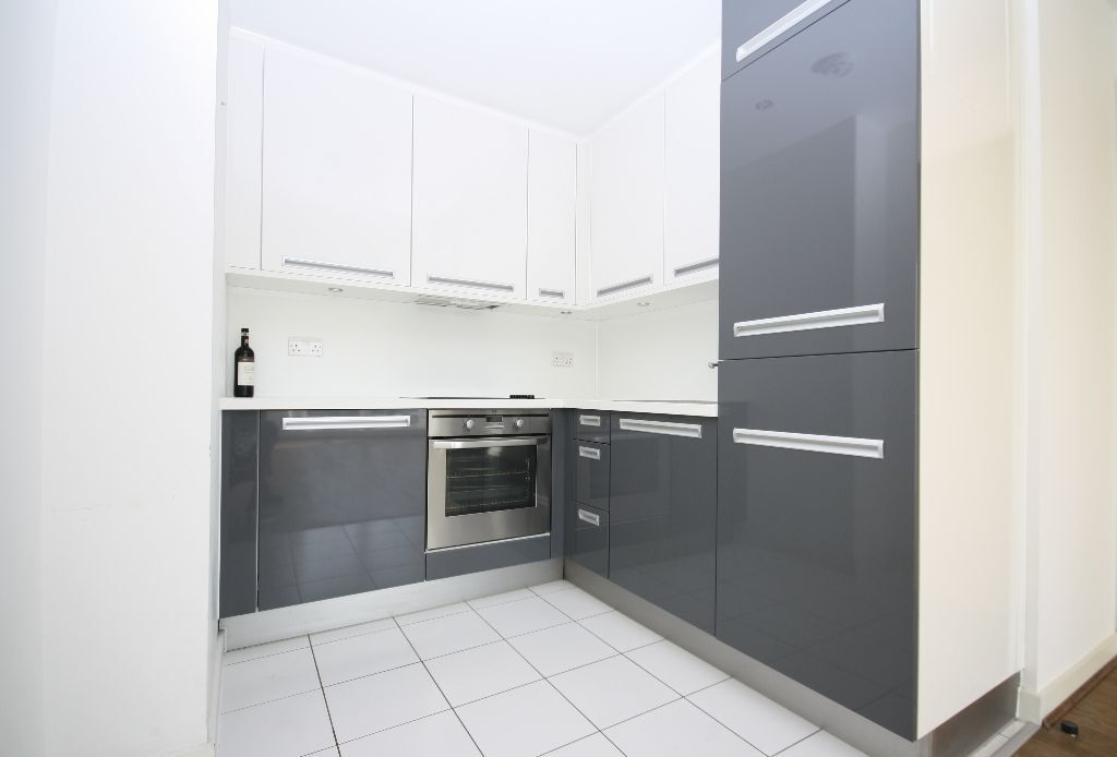 1 double bedroom apartment with private patio, located in the popular Silkworks development