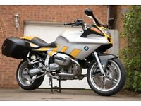 BMW R1100S in good condition with official hard luggage, heated grips and recent new tyres