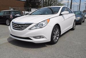 2013 Hyundai Sonata Leather.Roof.Accident Free.Warranty Availabl