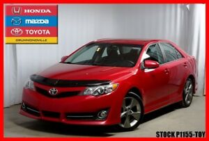 2012 Toyota Camry SE + NAV + MAGS + CUIR