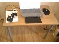 medium size desk, Manchester m144hl