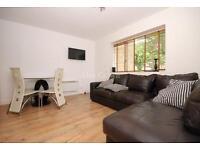 1 bedroom flat in Aberdeen Park, Highbury