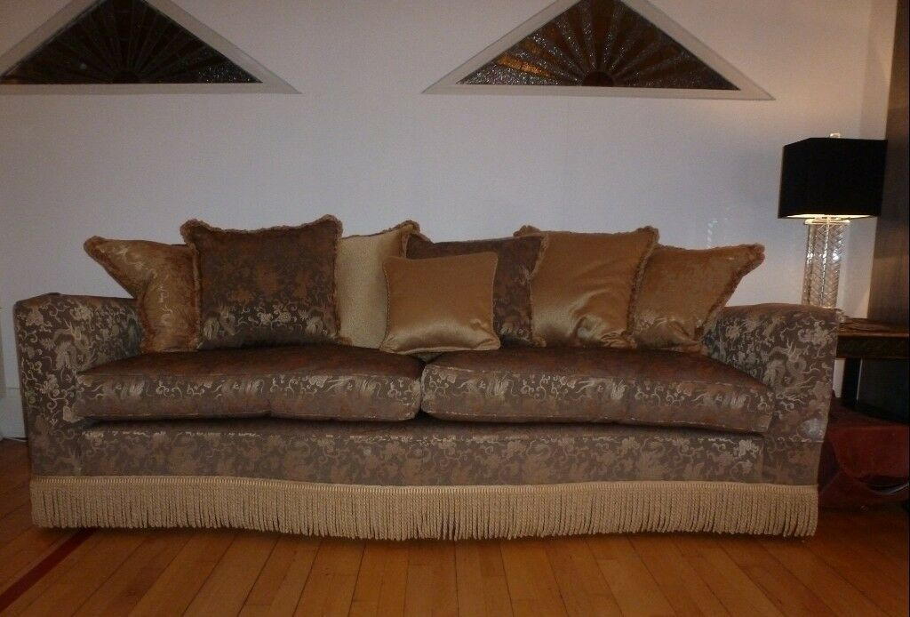 Sumptuous Duresta Diplomat Dragon Sofa Stunning Quality Piece Of