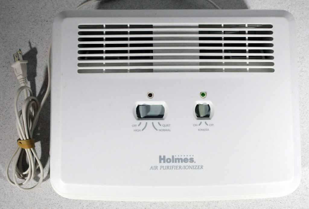 Holmes Hepa Air Cleaner Purifier Ionizer With Hepa filter Model  HAP-240