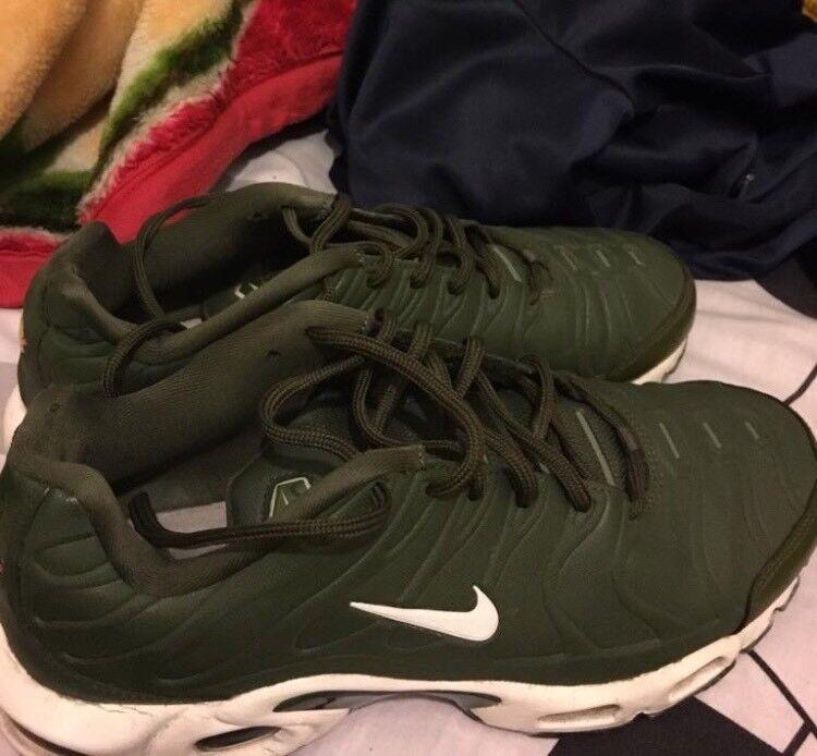 newest 48bd4 f6ab7 Brand New Nike Tns Green Size 7