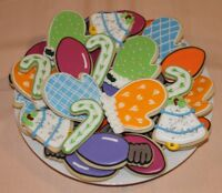 NEED A CUSTOM CAKE, CUPCAKES, PERHAPS FANCY DECORATED COOKIES?