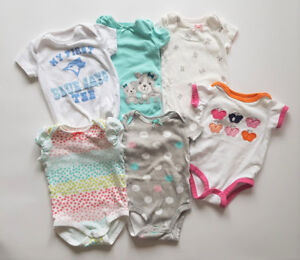 Selling 6 girl bodysuits (3-6 months)