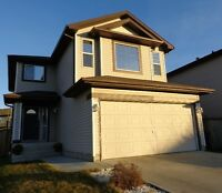 RETREAT TO SPRUCE GROVE - Walking distance to schools