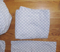 Blue & White DOUBLE BED Sheets- Fitted / Flat / Pillowcases -NEW