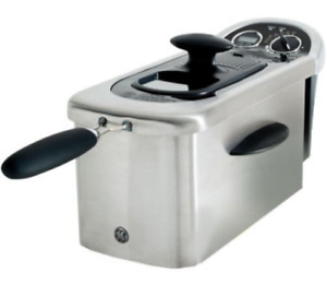 G.E. 3.0 LTR. DEEP FRYER ** NEW IN BOX! - $105 (Fraser Valley)