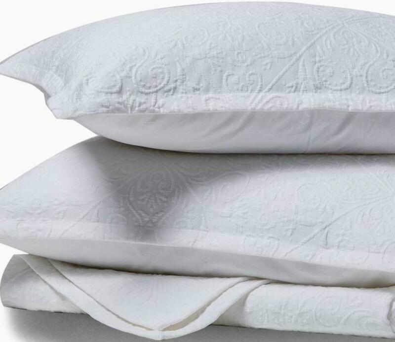 Meadow Park Premium Cotton Matelasse Coverlet + Matching Pil