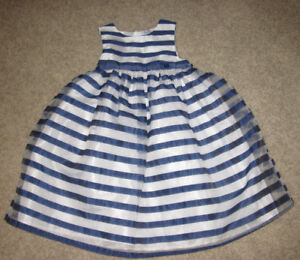 Beautiful dress NEW from Germany 5T/6T