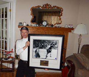 Father's Day Draw on Bobby Orr Authogrsphed framed pic.