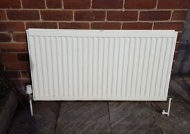 1 Large / 1 Small radiator with thermostat