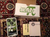 Nano Bass Big Muff effects pedal