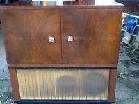 Vintage Record Player/Radio Unit
