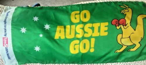 "GREEN AND GOLD ""GO AUSSIE GO ! FLAG"
