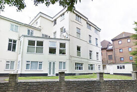 Great, bright studio in centre of Bournemouth £550 per month