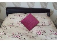 King-size Brown leather automan bed