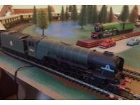 00 gauge Hornby Tornado Pullman Express TO BE COLLECTED