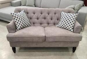 Americus Loveseat