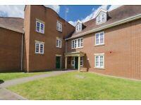 2 bedroom flat in Wheatstone Close, Slough, SL3 (2 bed)