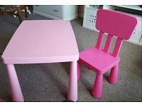Pink table and 1 chair