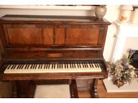 GC Redwell Antique Upright Piano in Mohogany