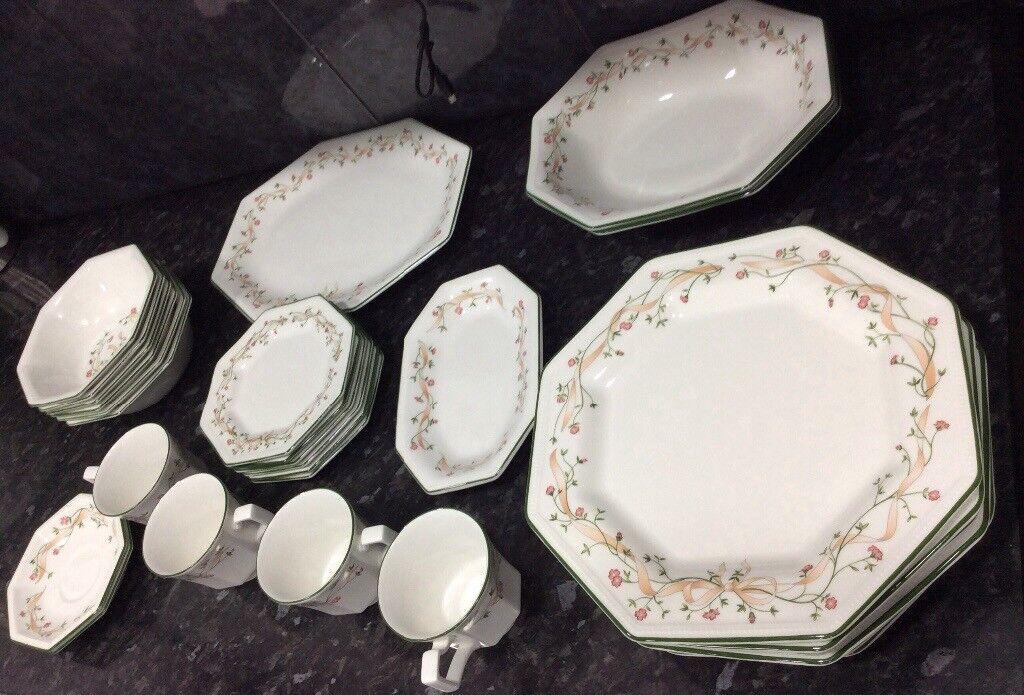Flowered design hexagon shaped dinner set & Flowered design hexagon shaped dinner set | in Plaistow London ...