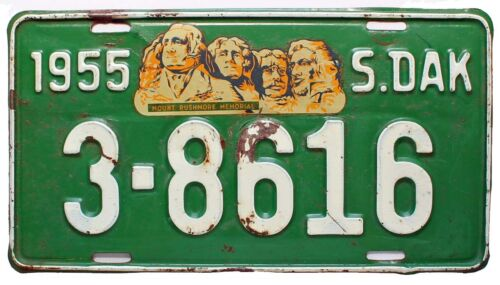 South Dakota 1955 License Plate, Beadle County, Decal in Good Condition, 3-8616