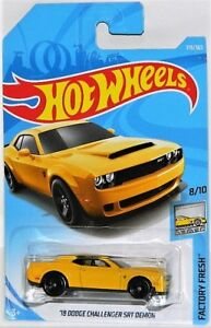 Hot Wheels 1/64 '18 Dodge Challenger SRT Demon Diecast Car