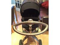 Stokke V3 pushchair only had for 1 year with raincover / mosquito net / shopping bag