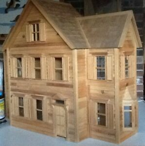 REDUCED.......Victorian Style Doll House