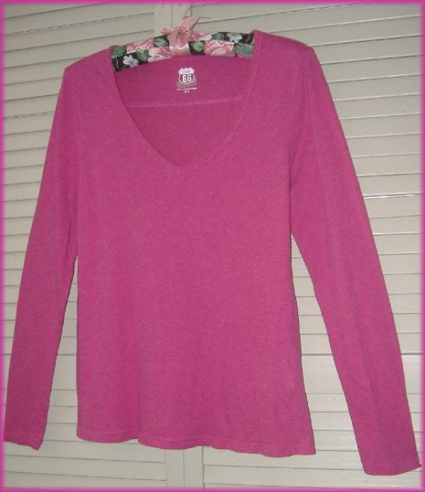 "ROUTE 66 Magenta Hot Pink Long Sleeve V Neck Knit Top (S) 100% cotton 34"" bust"