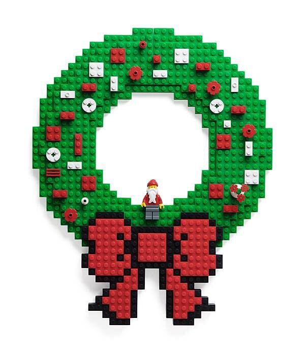 Build On Brick Holiday Wreath - Christmas Lego Wreath - Use with Standard Legos