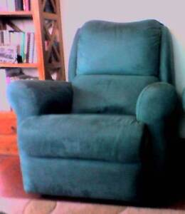 Lounge chair Midway Point Sorell Area Preview