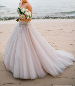 Champagne sequinned wedding dress Allambie Heights Manly Area Preview