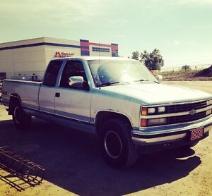 89 350 engine 1500 extended cab long box Chevy