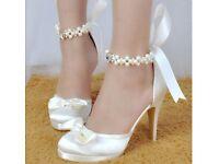 Size 7 ivory wedding shoes